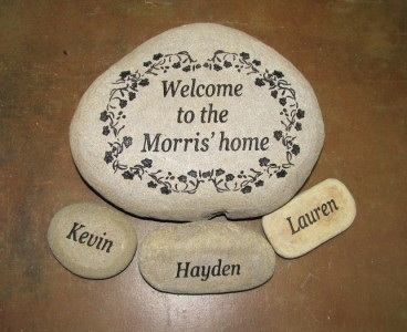 Engraved Welcome Garden Stone w/ Flowers