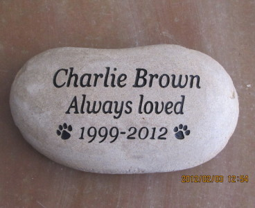 Engraved Pet Memorial Stone w/ Message and Paw Prints
